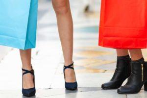 10 greșeli majore pe cale faci când îți cumperi pantofi cu toc înalt